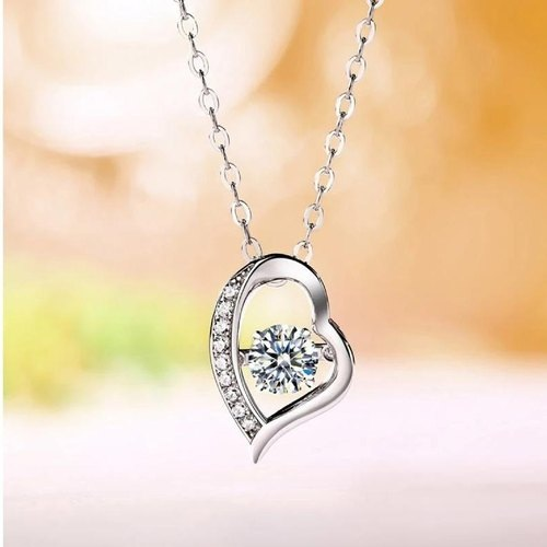 Why You Need to Get White Gold Pendants for Her